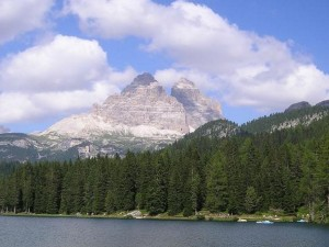 Lake Misurina - view