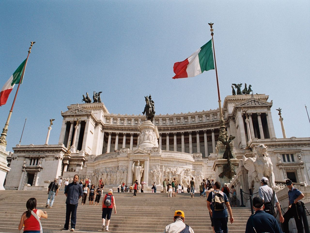 Piazza Venezia - Day Trips From