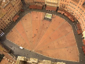 Siena - Piazza del Campo - view from the top