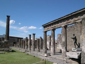 Pompeii - columns