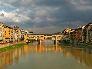 Sightseeing Tours of Florence Lungarno Walking